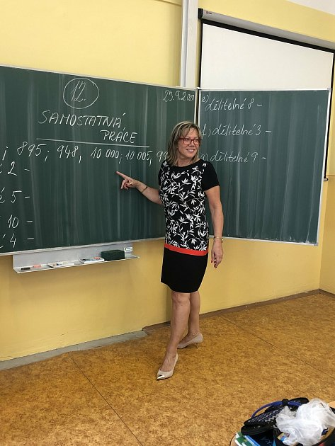 """""""Miluji práci sdětmi,"""" říká ředitelka ZŠ Dubí 2Soňa Kosová."""
