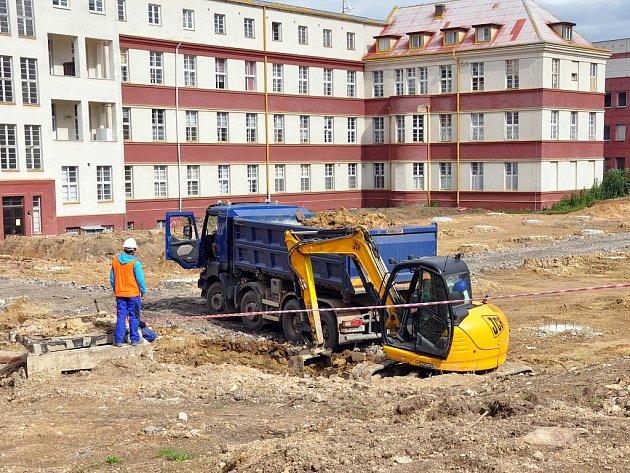 V teplické nemocnici pokračuje výstavba nových operačních sálů