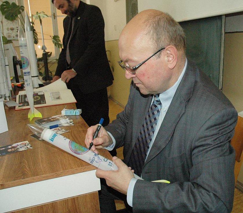 Vladimír Remek na Gymnáziu Teplice