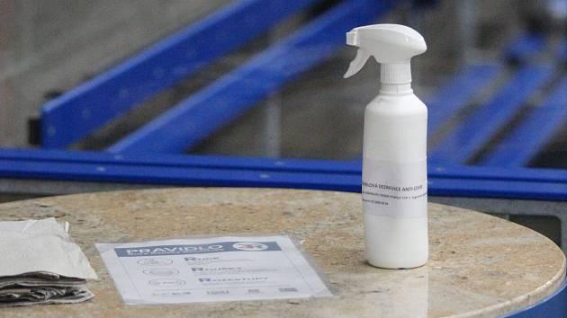 Hygienická opatření jsou při sportování přísná.
