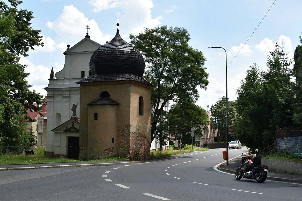 Obec Novosedlice.