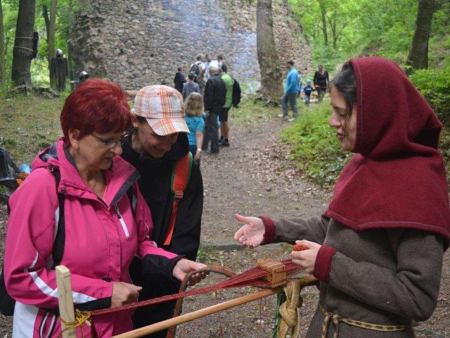 Středověk na hradě Kyšperk v Krupce.