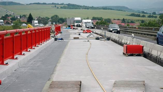 Oprava mostu v Žalanech