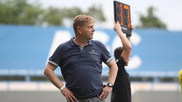 Trenér Teplic Stanislav Hejkal při utkání se Zlínem.