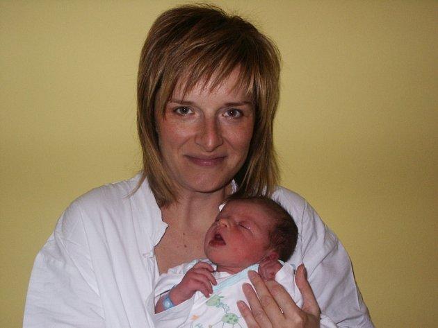 Maminka Jana Roubalová se synem Mikulášem