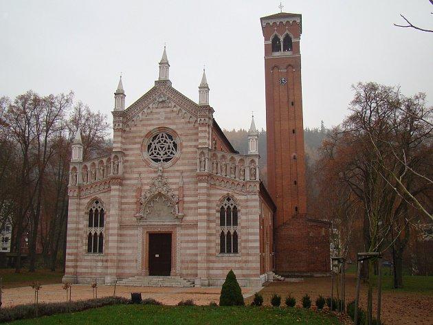 Kostel Panny Marie v Dubí.