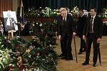 Prezident Miloš Zeman se přijel do Teplic rozloučit s Jaroslavem Kuberou.