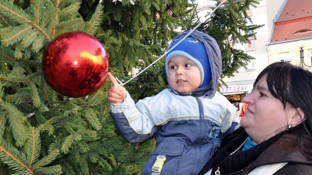 Duchcov: Slavnostní rozsvícení vánočního stromu