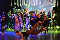 Foceno mobilem, z představení Taneční říše Avatarů.