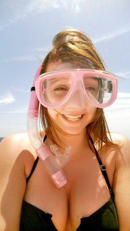 Snímek je z dovolené se sestrou v Egypte. Skvělým zážitkem bylo i  potápění na korálových útesech.  Michaela Lišková, Teplice
