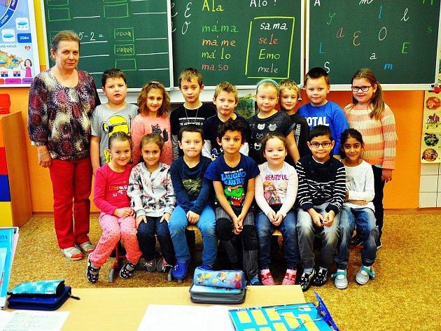 Na fotografii jsou žáci ze ZŠ Hostomice, 1.Atřída paní učitelky Jany Haišové.