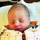 ANNA SÝKOROVÁ se narodila Petře Bramborové z Bíliny 3.11. v 1.37 hod. v teplické porodnici. Měřila 46 cm a vážila 2,40 kg.