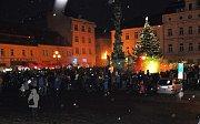 Čerti a Krampusáci na náměstí Republiky v Duchcově.