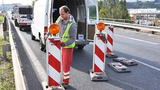 Dopravní opatření na mostě nad ulicí Jateční v Teplicích