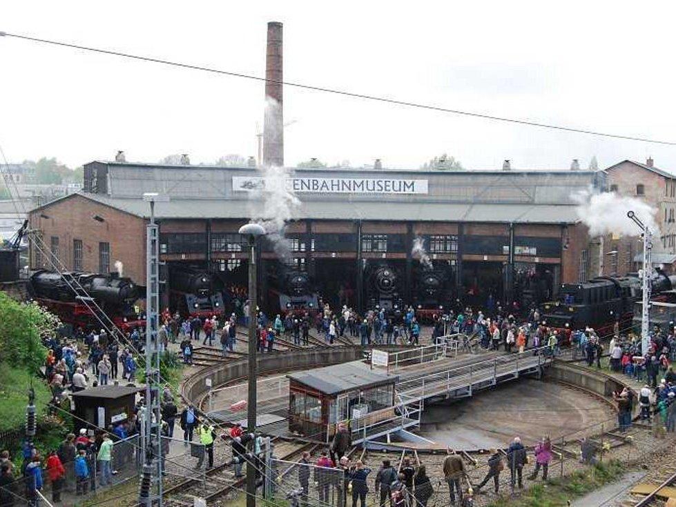 Drážďanské setkání parních lokomotiv.