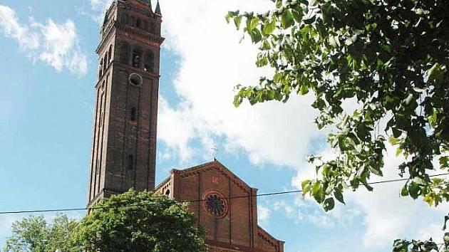 Kostel v Českobratrské ulici v Teplicích, známý pod označením jako sv. Bartoloměje