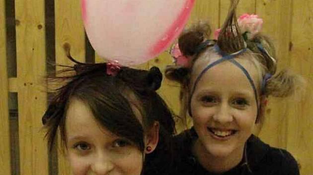 Vlasové show pořádané Domem dětí a mládeže v Bílině