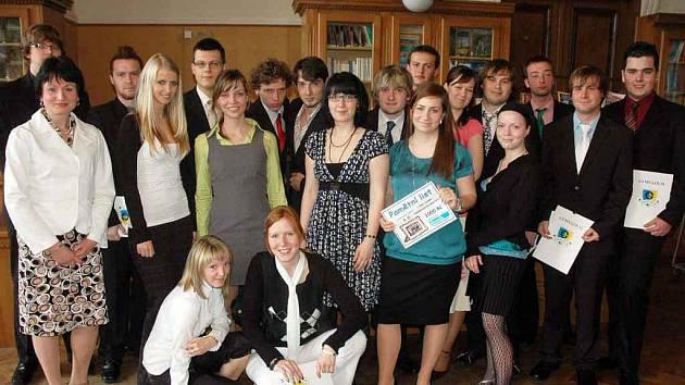 Vítězové v soutěži o nej okresní tablo - 8.D Gymnázia Teplice