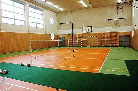Slavnostní otevření nové tělocvičny u Hotelové školy Teplice