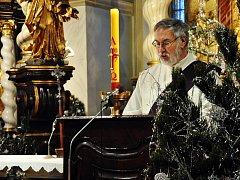 Poslední rozloučení s Otcem P. Ing. Janem Robem, SDB v děkanském kostele sv. Jana Křtitele v Teplicích