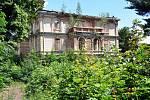Dubí Tschinkelova vila - bývalá léčebna, nyní ruina