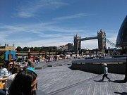 Michaela Hadravová se svými kamarádkami na výletě v Londýně, kde v sobotu řádili teroristé.