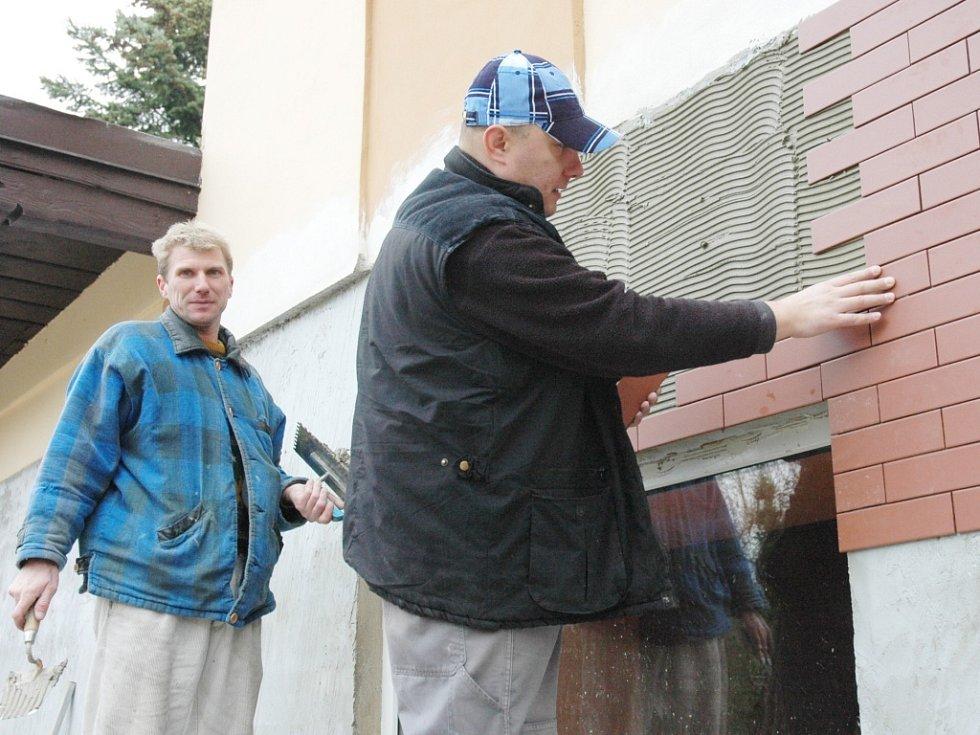 Rekonstrukce pavilonu opiček v Zámecké zahradě