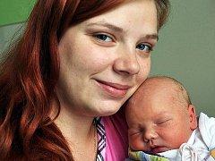 Mamince Anetě Hudcové z Dubí se 27. září v 11.00 hod. v teplické porodnici narodila dcera Julie Poborská. Měřila 47 cm a vážila 3,20 kg.