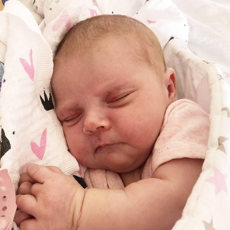 Vanesa Mudroňková se narodila Kristýně Vybíralové a Aleši Mudroňkovi 14. července v 18.51 hodin. Měřila 50 cm, vážila 3,94 kg