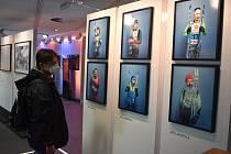 Z vernisáže výstavy Jizerská 50 - Viděna šesti, v Informačním centru Elektrárny Ledvice.