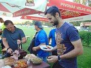 Legenda teplického a také modlanského fotbalu Michal Doležal oslavil před a hlavně po zápase se Žatcem čtyřicáté narozeniny.