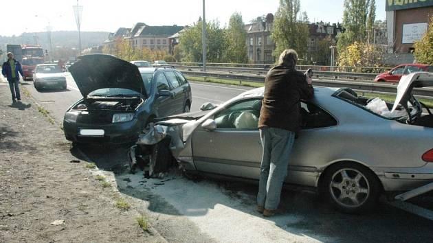 Hrozivě vypadající dopravní nehoda....nikdo ele naštěstí nebyl zraněn.