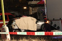 Smrt šestatřicetiletého muže sedícího v hořícím osobním automobilu v Duchcově