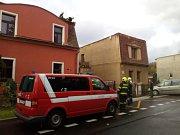 Vítr řádil i v Proboštově na Teplicku. Kromě polomů také odfoukl kus střechy na domku rodiny Mouchových.