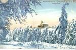 Zima v Krušných horách na archivních pohledech a fotografiích. Komáří vížka.