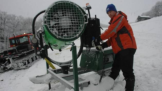 Zima přišla - Sport centrum Bouřňák
