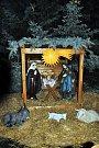 Bílina rozsvítila vánoční strom, kapela Lunetic zaplnila náměstí