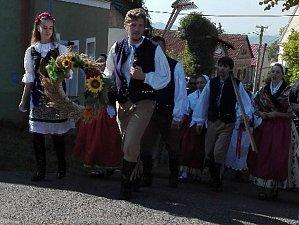 V Červeném Újezdu si užívali staročeské dožínky a posvícení