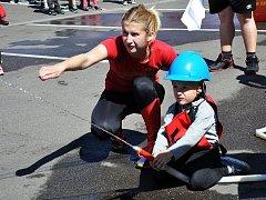 8. ročník soutěže o pohár starostky OSH Teplice mládežnických družstev se konal na parkovišti před Mc Donaldem.