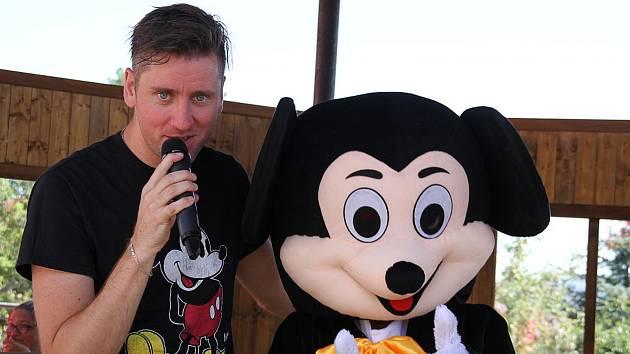 V sobotu 1. srpna odpoledne se v areálu restaurace Na Střelnici v Krupce konala dětská Mickey mouse párty.