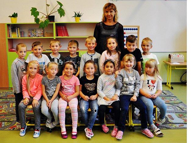 Žáci ze ZŠ Košťany, 1.B  třída paní učitelky Ester Macháčkové.