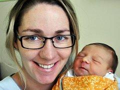 Mamince Štěpánce Hejdové z Teplic se 30. října v 18.20 hod. v teplické porodnici narodila dcera Kateřina Fronyeková. Měřila 50 cm a vážila 3,60 kg.