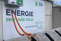E-bike nově nabijete i na cínoveckém hotelu Krušnohorský dvůr