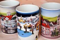Hrnečky podle obrazů Sylvy Prchlíkové čeká premiéra na 24. porcelánových trzích