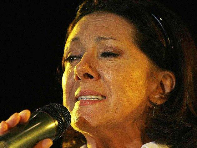 Zpěvačka Marie Rottrová