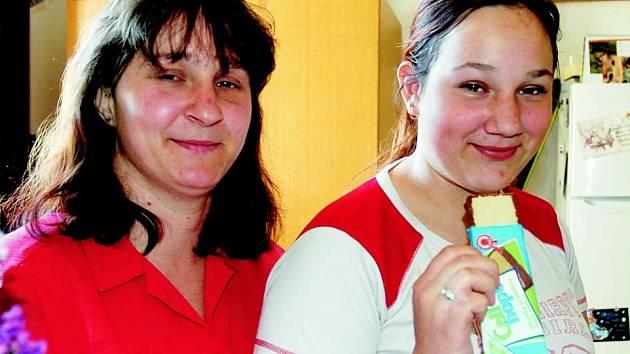 Monika Sudíková s dcerou Adélkou. Ta trpí celiakií.