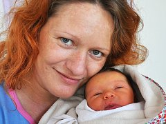 Mamince Lence Dvořákové z Teplic se 7. listopadu v 5.08 hod. v teplické porodnici narodila dcera Laura Dvořáková. Měřila 50 cm a vážila 3,15 kg.