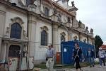 Rekonstrukční práce na kostele v areálu kláštera Osek.