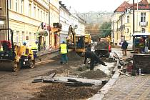 Skončí uzavírka ulice U Hadích lázní v Teplicích.