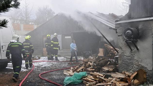 Požár v truhlárně v Krupce